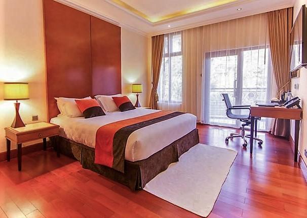 4-star hotel image