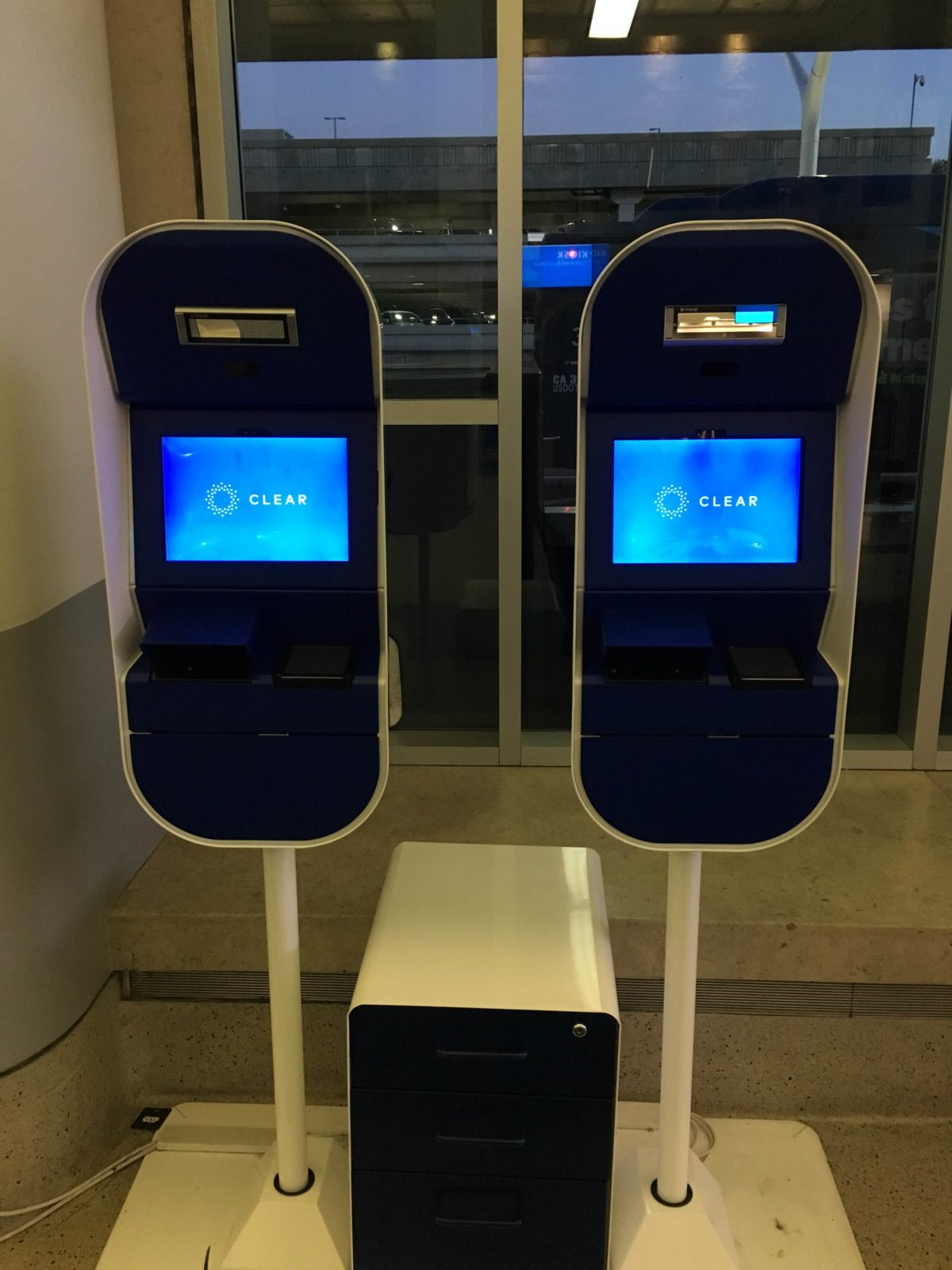 CLEAR – Reduce Airport Security Wait Time